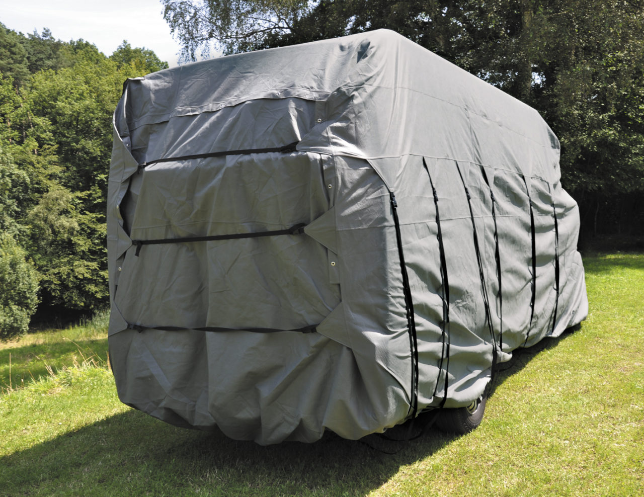 schutzh lle f r kastenwagen eurotrail. Black Bedroom Furniture Sets. Home Design Ideas